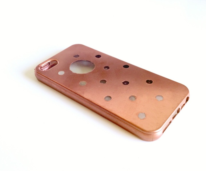 DIY TRANSPARENT GEPUNKTETES IPHONE-CASE