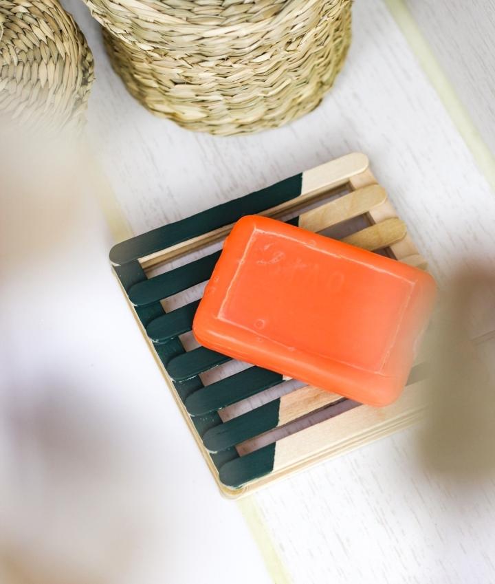 DIY Seifenablage ausEisstilen